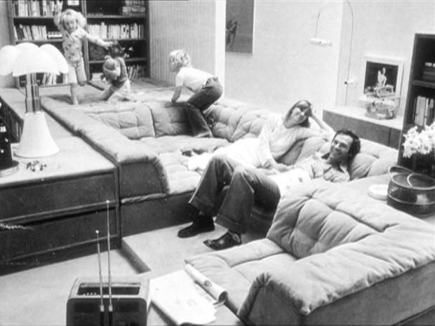 Still from Guy Debord's film In girum imus nocte et consumimur igni, 1978