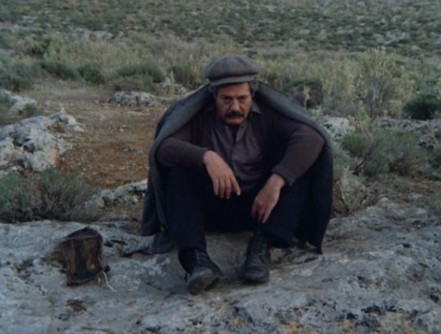 """The Beekeeper"" by Theo Angelopoulos, Greece, 1986, screen capture at 01:52:57."