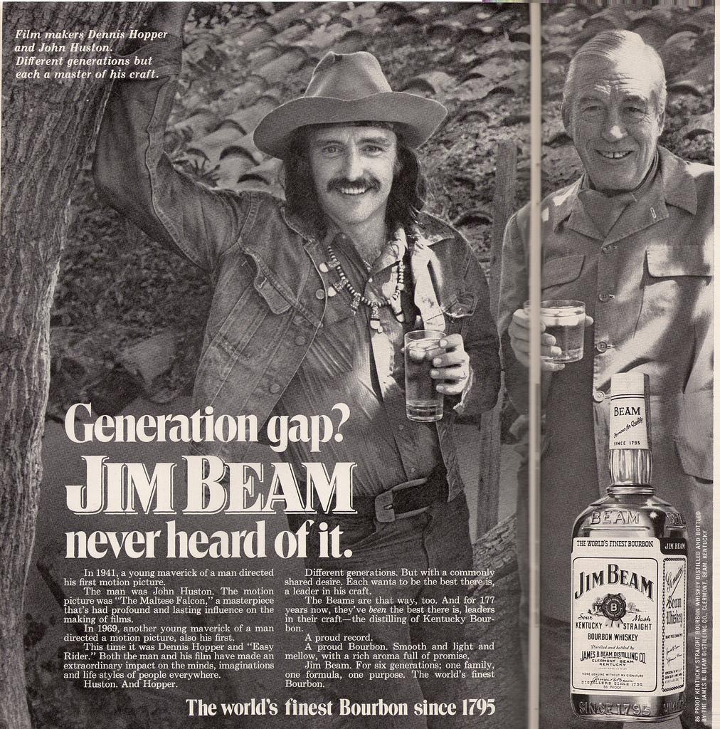 Imagenes cinéfilas - Página 6 Advertisment_1972_magazine_two_pages_Jim_Beam_Dennis_Hopper_John_Huston