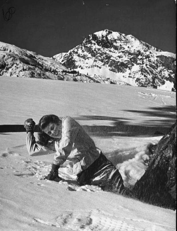 Ingrid Bergman received a snowball during a holiday break. Photo by Bob Landry for LIFE magazine, February 24, 1941, p. 46. © Time Life Pictures/Getty Images.