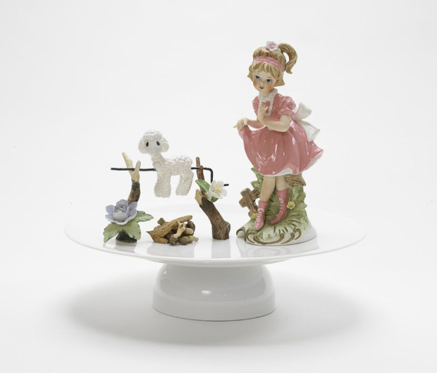 """Mary had a little lamb"" by Barnaby Barford, from the 'Private Lives' series, bone china, porcelain, metal, enamel paint, H 27 cm x diameter 29 cm, 2007. © Barnaby Barford."