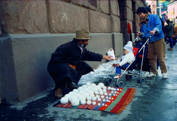 "David Hammons performing ""Bliz-aard Ball Sale"", 1983"